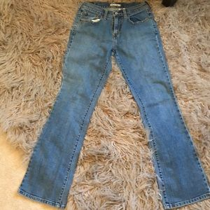 RARE LEVI'S 515 Bluejeans with bootcut 4M